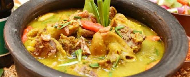 makanan-khas-cirebon-empal-gentong